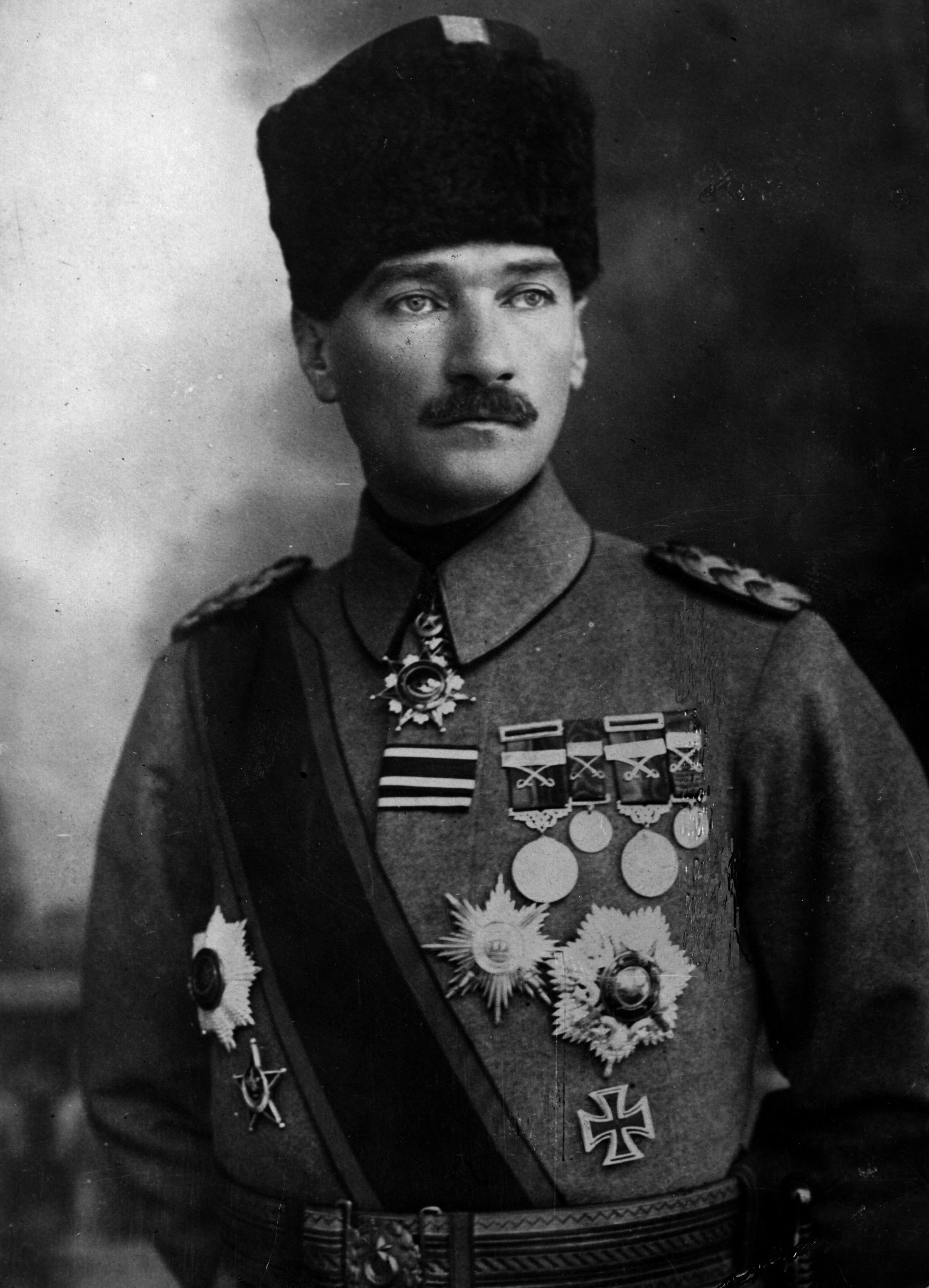 Atatürk Asker Resimleri